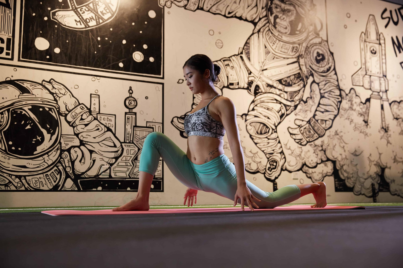Size of a yoga studio