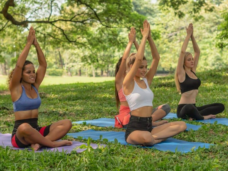 How to Teach Yoga Outdoors: Everything You Need to Know