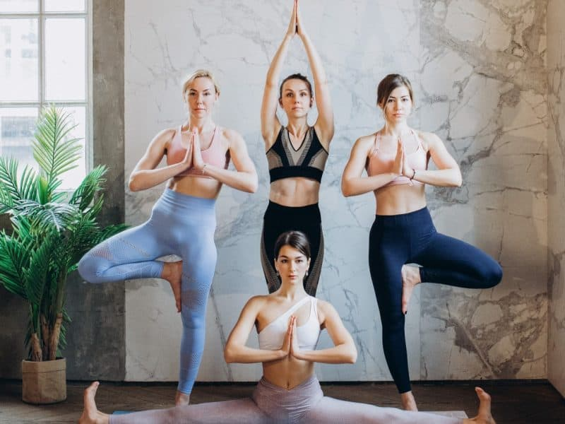 Guide To Yoga Studio Franchise | How-To & Top 10 Yoga Franchises